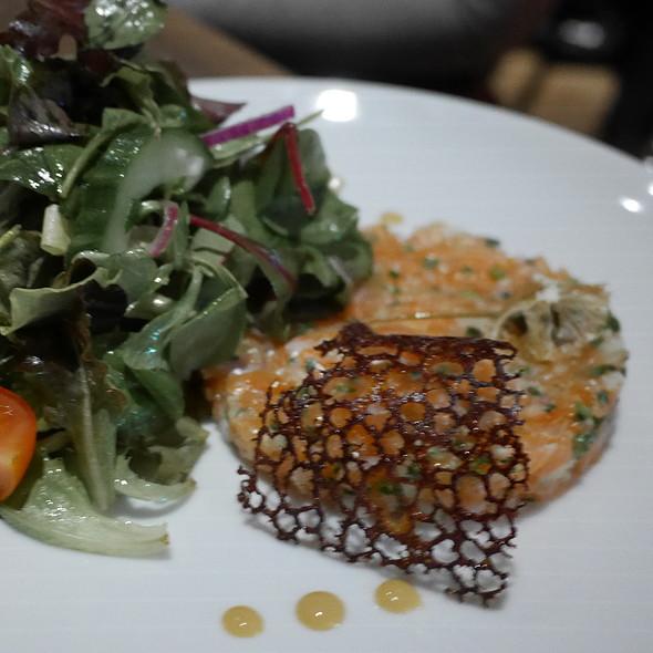 Salmon Tartare @ ROCAILLE Café Bistrot WineBar