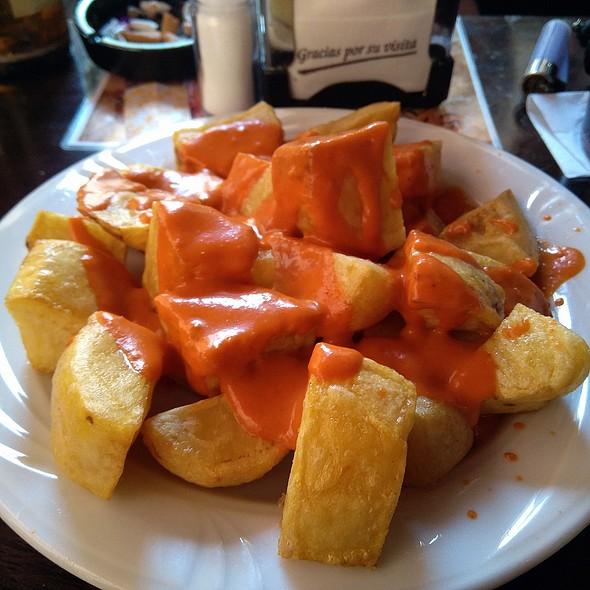Patatas Bravas @ La Descubierta