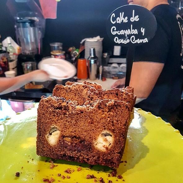 Cake De Guayaba Con Queso Crema @ St Francis Cafe