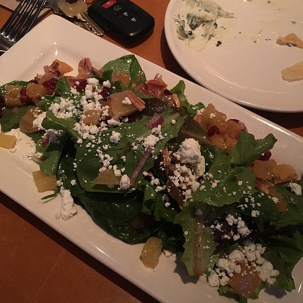 beet & arugula salad @ Bj's Restaurant & Brewery