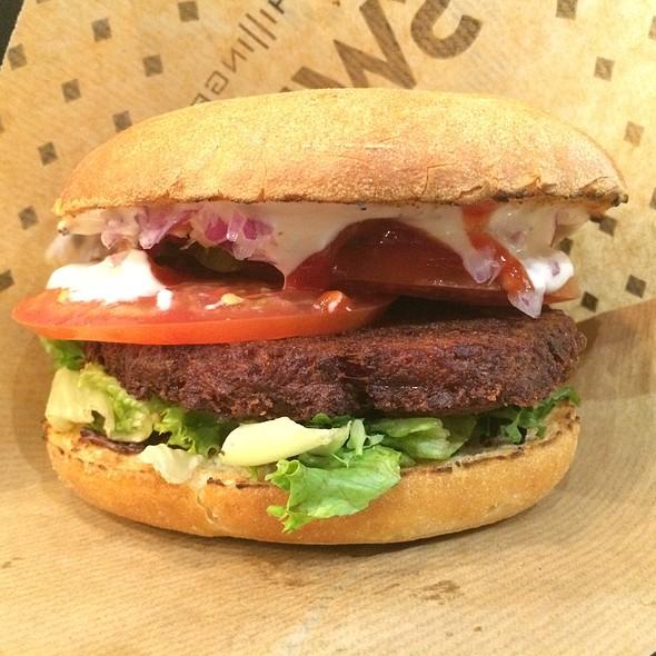 Chili Burger Vegan @ Swing Kitchen - SCS