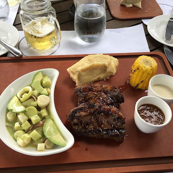 Steak @ El Tenedor Del Cerro