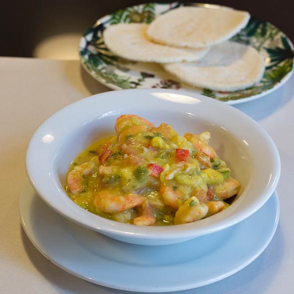 Camarones En Salsa De Aguacate @ La Cocina de Pepina