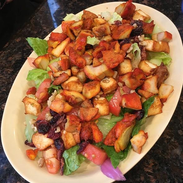 Paneer Salad with Chicken @ Tandoori Oven
