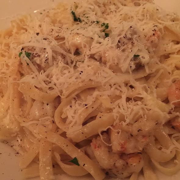 Fettucine Alfredo with Shrimp