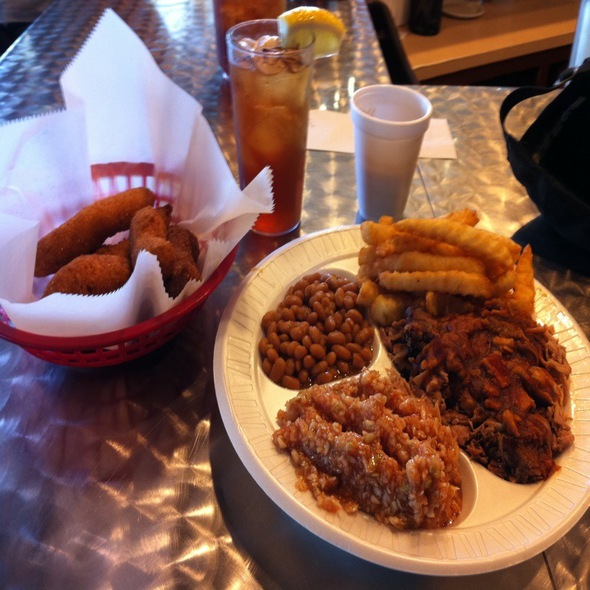 Coarse Chopped BBQ Plate With Hushpuppies