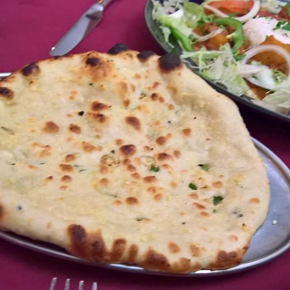 garlic naan @ Jaipur