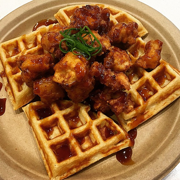 KFC Chicken and Waffles @ Koa Cafe