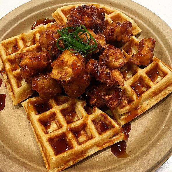 KFC Chicken and Waffles @ Koa Cafe