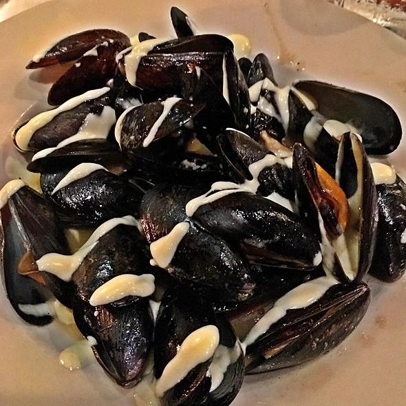 Mussels In Alioli @ Fat Hen