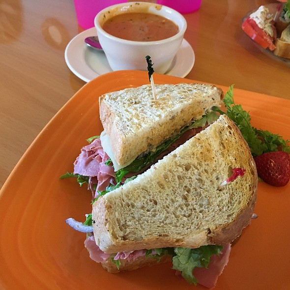 Cornbeef Sandwich And Tomato Bisque Soup