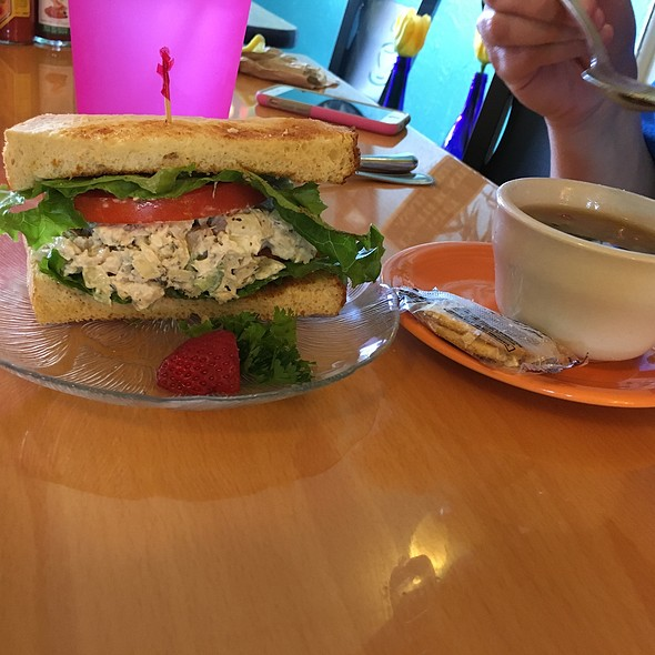 Tuna Salad Sandwich With Vegetable Soup And Kettle Chips