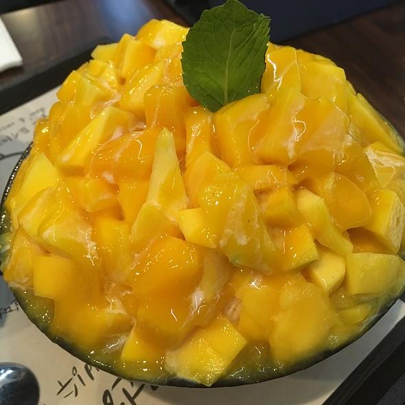 Mango Bingsoo @ Sul& Beans Cafe