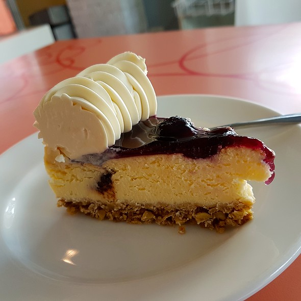 Blueberry Cheesecake @ Calea Pastries and Coffee