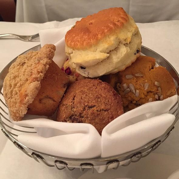 Basket Of Muffins @ Sarabeth's Central Park South
