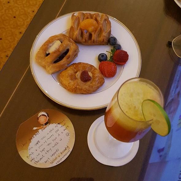 Assorted Danish Pastry @ The Ritz-Carlton, Jakarta Hotel