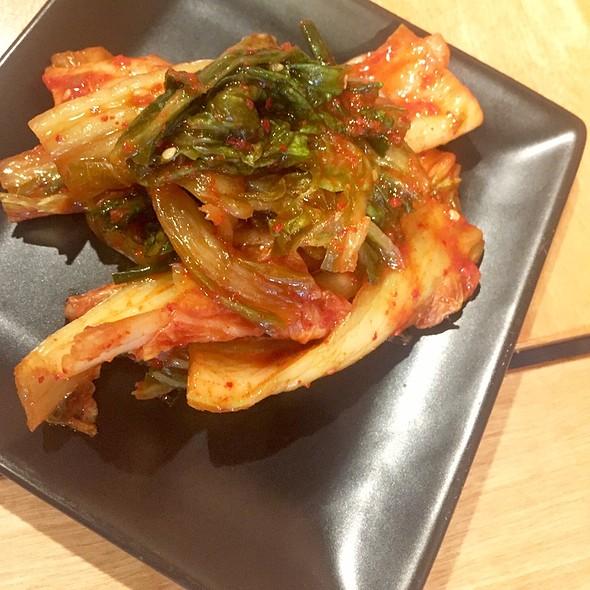 kimchi @ Fukumimi Ramen
