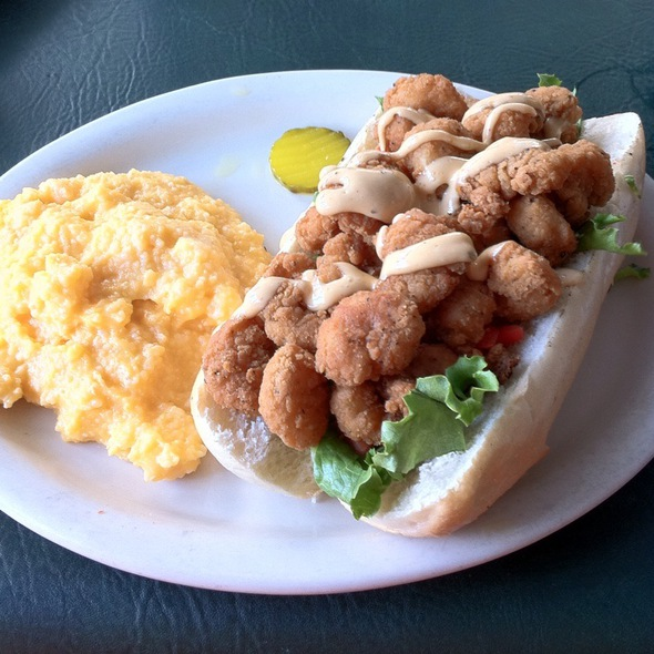 Fried Shrimp Po' Boy @ Black Hammock Restaurant