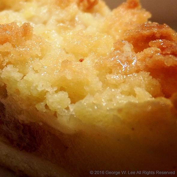 Apple Crumble Pie @ McDonald's