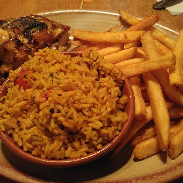 1/4 Breast Chicken Rice Corn @ Nando's Peri-Peri