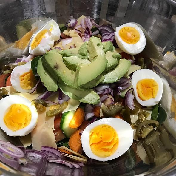 Salad @ Chookys
