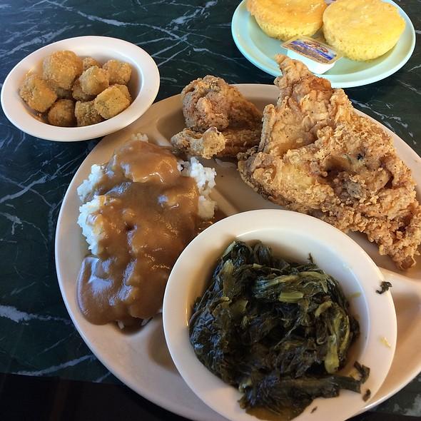 Fried Chicken, Turnip Greens, Rice & Gravy, Fried Okra, Cornbread @ George's Southside Restaurant