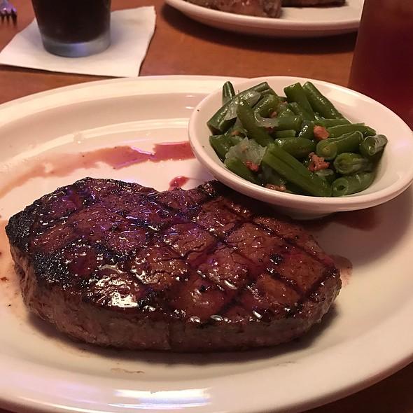 Cowboy Cut Sirloin @ Texas Roadhouse