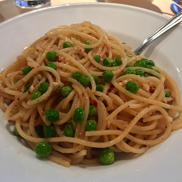 Spicy Spaghetti With Peas