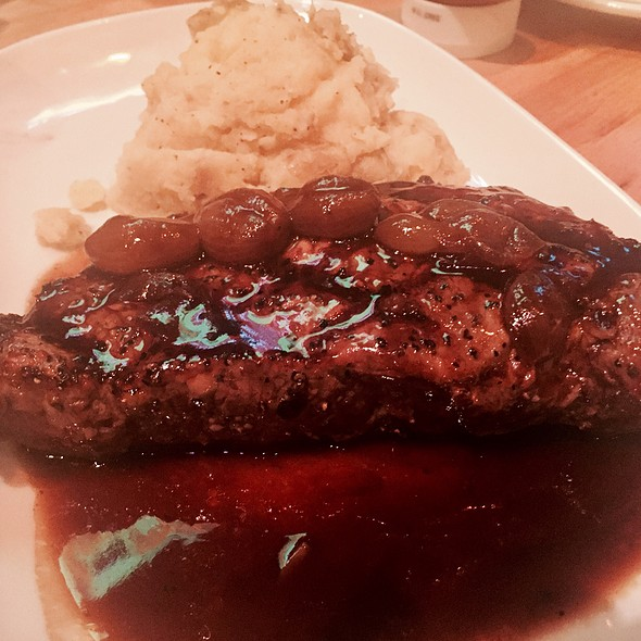 New York Strip @ House of Blues
