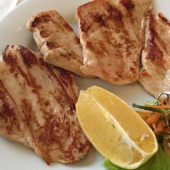 Chicken Fillet @ Morsko Dano