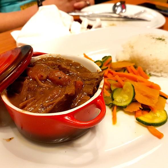 Slow Cooked Pot Roast @ Denny's Diner
