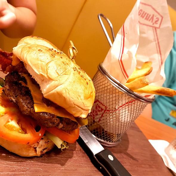 Spicy Sriracha Burger @ Denny's Diner