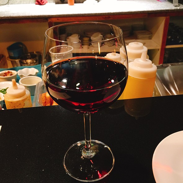 2010 Firesteed Pinot Noir @ Formoli's Restaurant