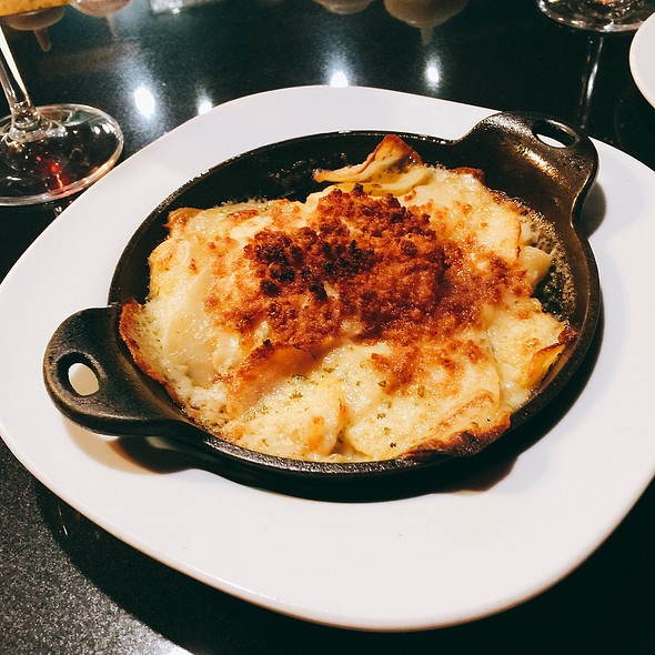 Scalloped Potatoes @ Formoli's Restaurant