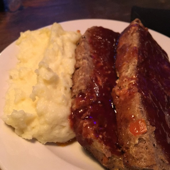 Smoked Bbq Meatloaf @ JJ Bootleggers