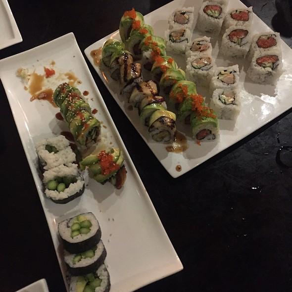 Sushi @ Wasabi & Ginger