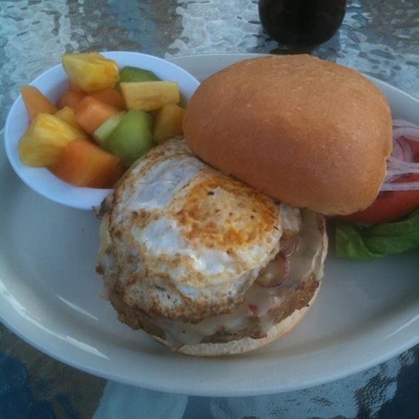 Vegetarian Burger @ Tally's Restaurant & Bar