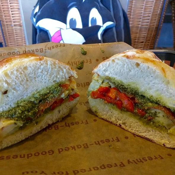 Italian Chicken Sandwich @ Einstein Bros Bagels