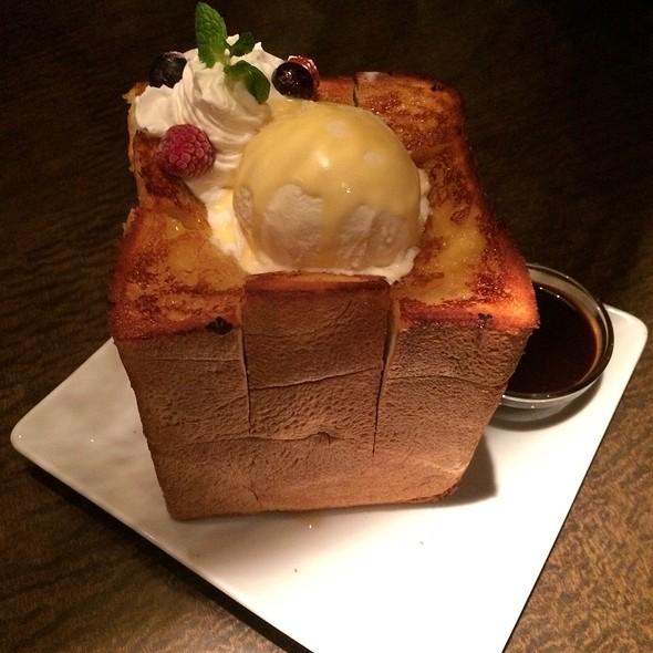 Maple Honey Toast @ カスケード 新宿本店