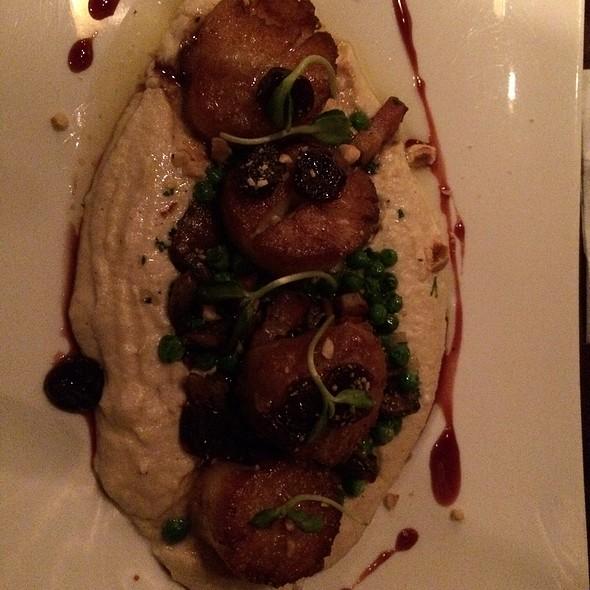Scallops @ Solstice Kitchen & Wine Bar