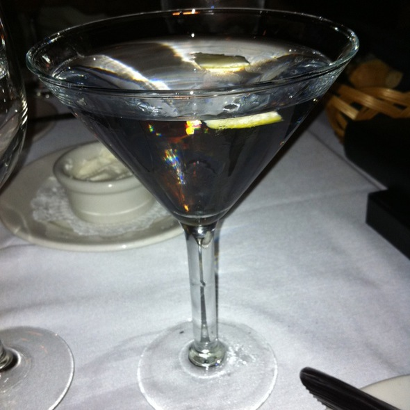 Dry Martini @ L G's Prime Steakhouse