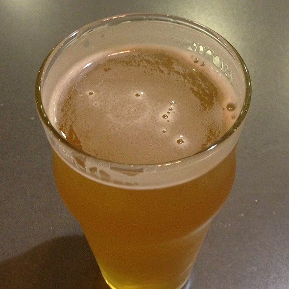Anderson Valley Wet Hop Pale Ale @ Steep Brew