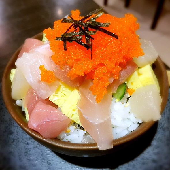 小散生魚丼飯 @ 樂町食堂