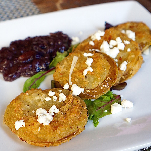 Fried green tomatoes, chutney, goat cheese
