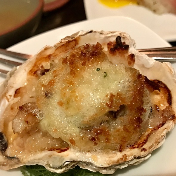 Baked Oysters @ Sushi of Gari 46