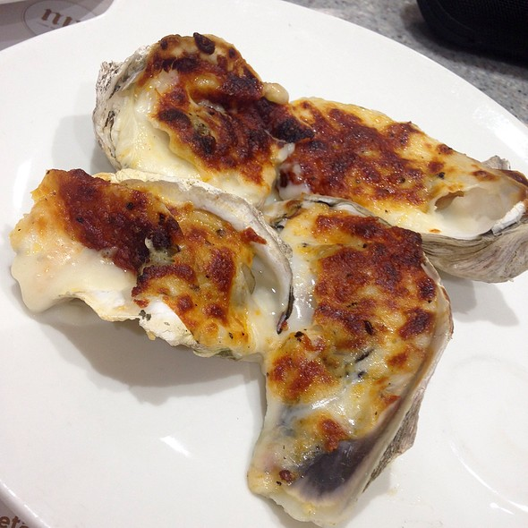 Oysters Rockefeller @ Vikings a Feast from the Sea