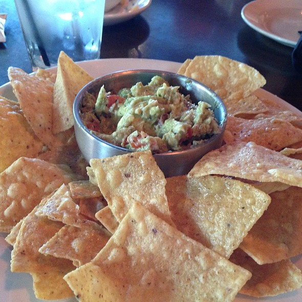 Guacamole and Chips @ Del Frisco's Grille