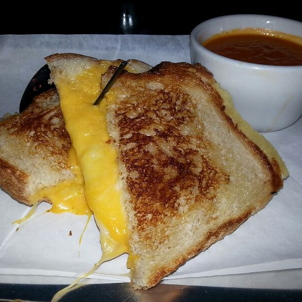 Grilled Cheese @ Cole's Original French Dip