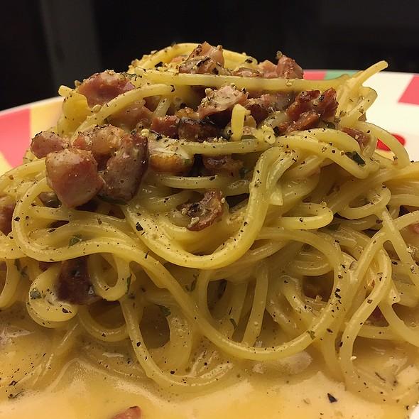 Spaghetti Carbonara @ La Comida De Mi Casa
