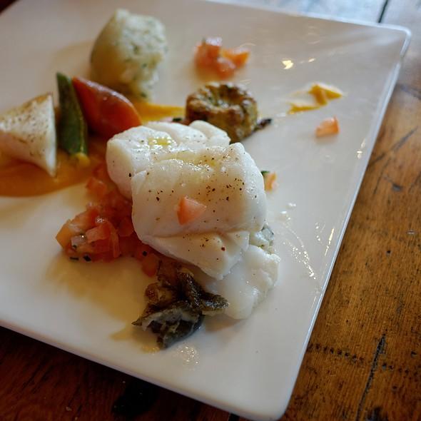 Cod Fillet With Vegetables @ Chou
